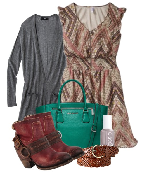 Womens Fall Outfit with Trendy Brown Booties