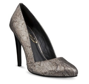 Vogue Paparazzi Pumps