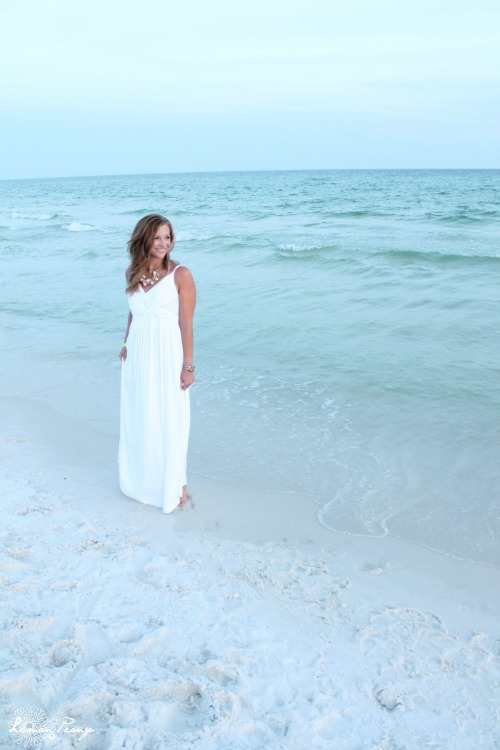 White Summer Beach Dresses for Pictures