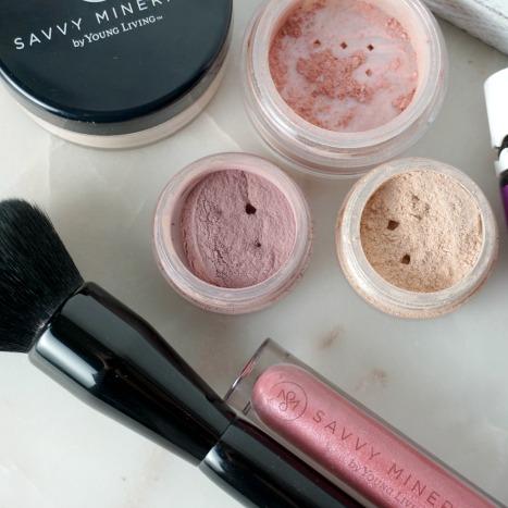 Savvy-Minerals-Makeup