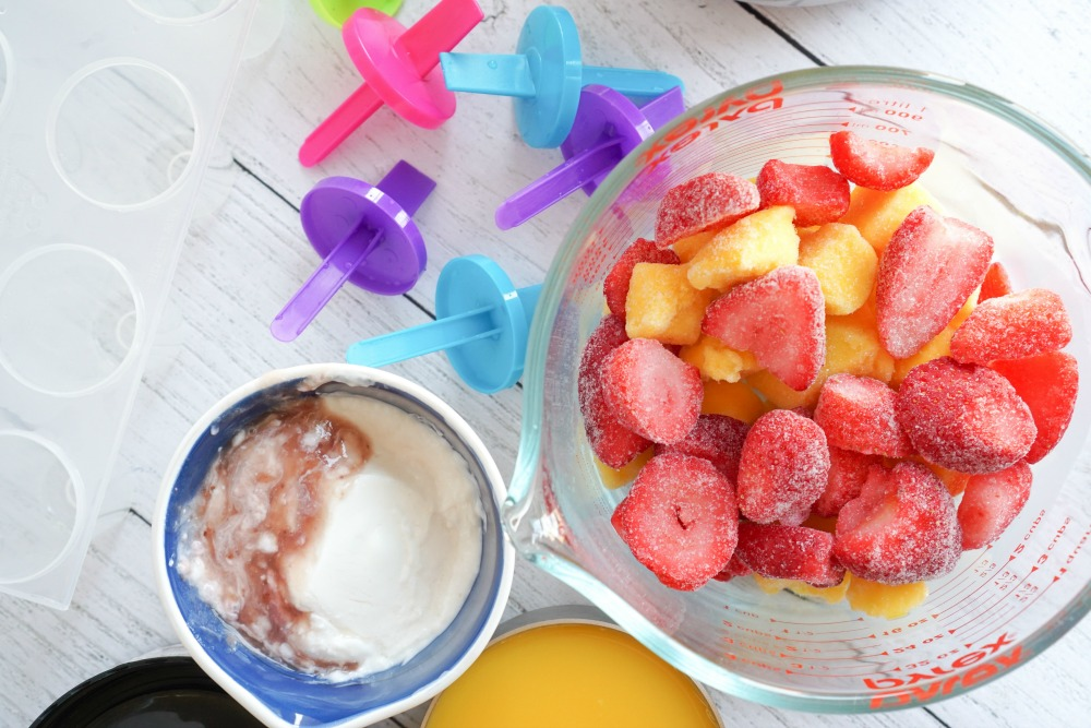 Strawberry Mango Popsicles Ingredients